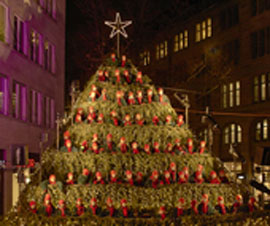 The Singing Christmas Tree & Wiehnachtsmärt